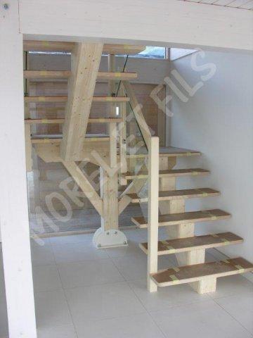 Escaliers - Escalier poutre centrale ...